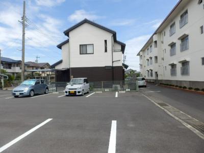 【駐車場】上島マンション