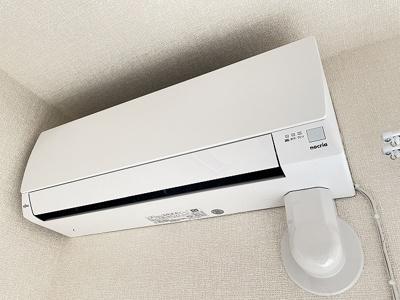 ※参考写真※暑い夏や寒い冬に大活躍のエアコン付きです☆冷暖房完備で1年中快適に過ごせます♪