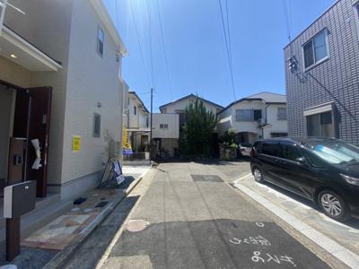 【前面道路含む現地写真】神戸市西区持子1丁目 新築戸建
