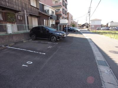 【駐車場】第10タツミビル西館