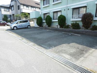 【駐車場】ジュネス若松