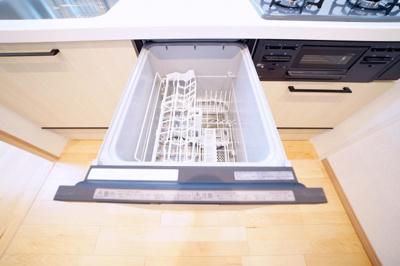 食器洗浄機付です。洗い物がラクチンです。