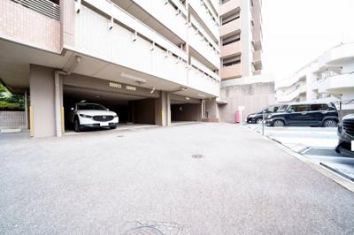 駐車場継承可能です。