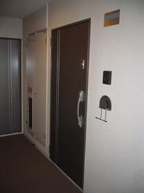ロイヤルハイツ床田 402号室