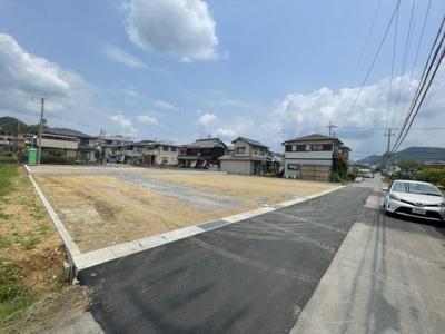 【前面道路含む現地写真】西脇市野村売土地 E号地