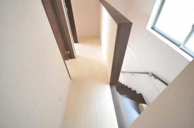 尼崎市大庄北4丁目 新築一戸建て 同一仕様例写真です。実際とは色・柄等が異なります。