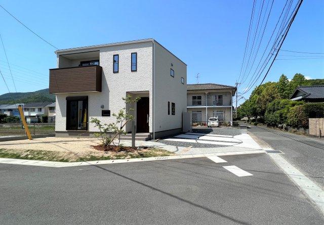 【30坪4SLDK】 全居室、フローリング設計☆
