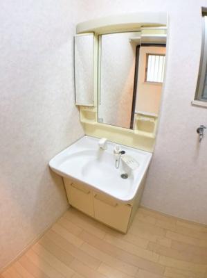 独立洗面台の写真です♪