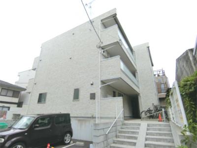 綱島駅徒歩圏内のマンションです。