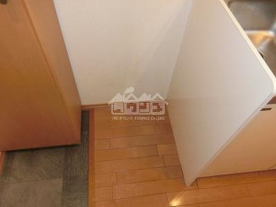 冷蔵庫置場・サクラアパートメント