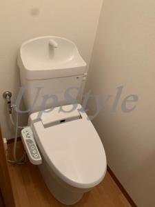 【トイレ】オレンジルーム