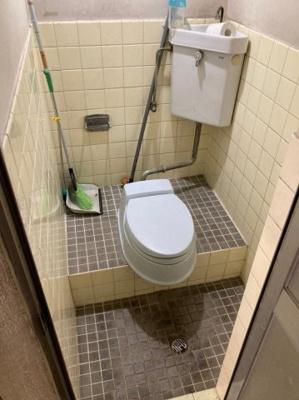 【トイレ】豊秀町1丁目貸店舗・事務所