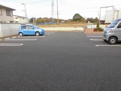 【駐車場】エル・ソフィア