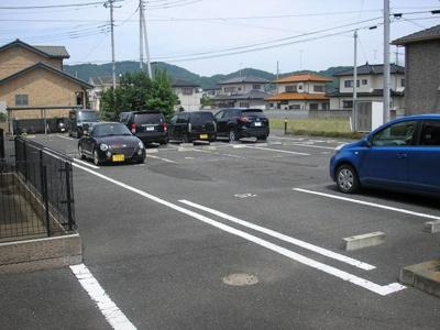【駐車場】メゾンリベルテ CDE