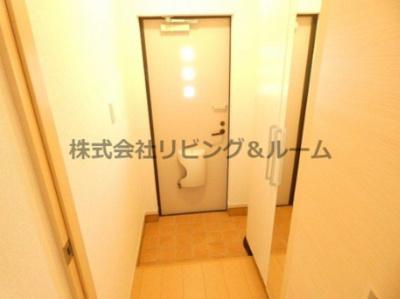 【玄関】グレイスフル・A棟