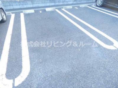 【駐車場】グレイスフル・A棟