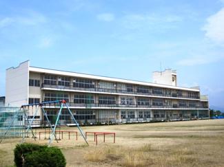 寒河江市立西根小学校まで533m