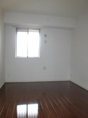 【寝室】レジディア白壁東