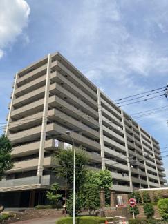 イオンモール北戸田徒歩1分で買い物利便性と資産性を兼ね備えた出物が少ないマンションです!生活居住用空間約100㎡超えで3部屋南向きのワイドスパンバルコニー設計!
