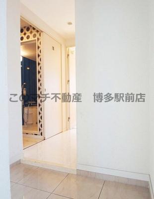 別号室の写真につき床や建具の色等が異なる場合がございます。現状優先
