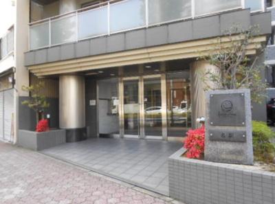 【エントランス】ファミリアーレ名駅