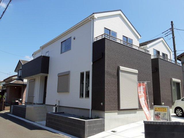 新築一戸建て 全2棟 南初富4丁目 南西角地の開放感ある新築一戸建てです!仲介手数料無料です。