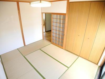 写真は101号室で反転タイプ