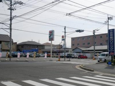 セブンイレブン 今治片山3丁目店まで約570m