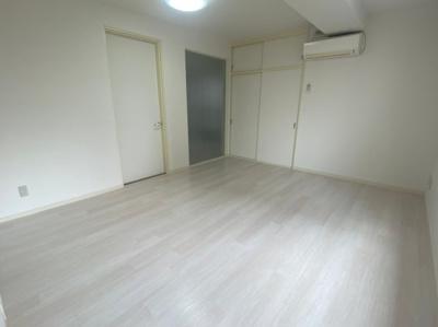【寝室】松屋町ラフォーレ高吉
