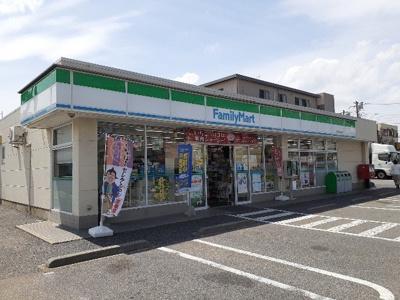 ファミリーマート船橋実籾街道店まで300m