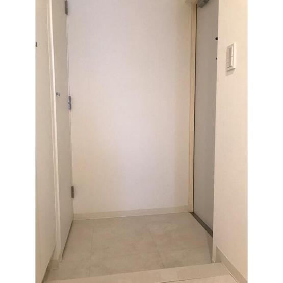 【玄関】ルモーデセンター北