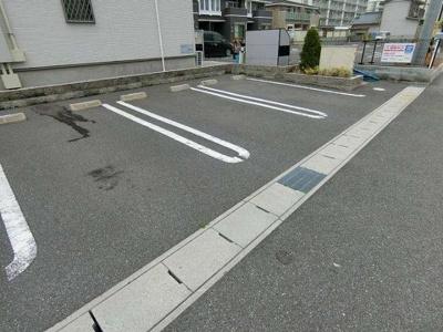 【駐車場】カーサ ブローテA