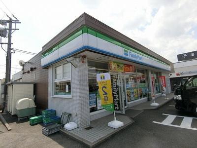 ファミリーマート 大垣安井町店まで450m