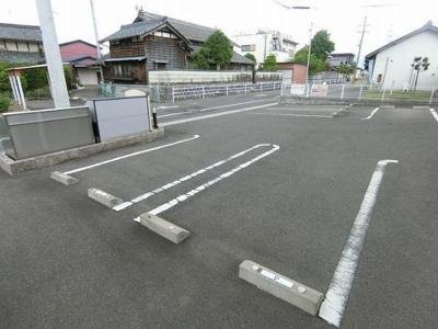 【駐車場】ブローテ10