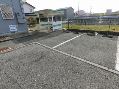 【駐車場】フラット長松B