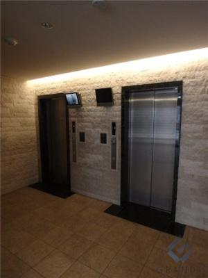エレベーター2基完備!
