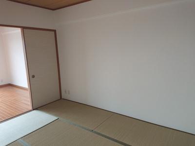 和室はLDとの一体利用も可能です。2WAY動線になっているため、客間としてもご活用いただけます。