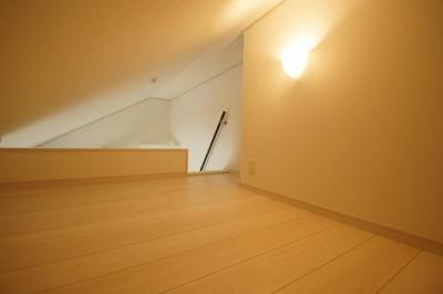 寝室や収納に利用できるロフト部分