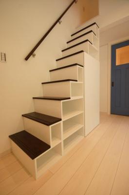 ロフトへは階段なので上り下り安全です