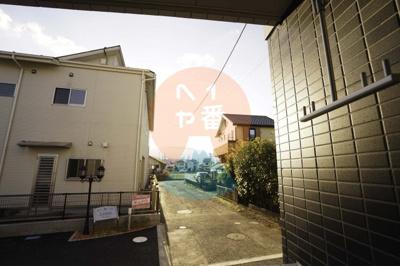 セブンイレブン小田原栢山駅前店まで756m