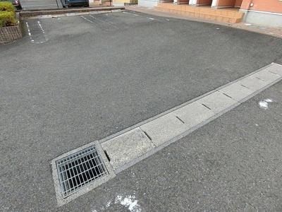 【駐車場】ラ・ミア・カーサC