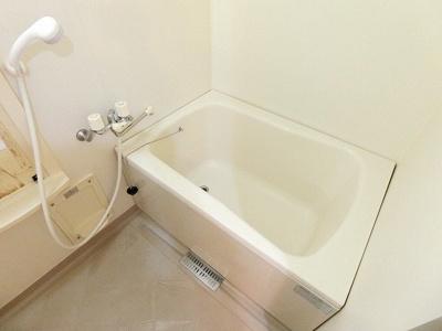【浴室】アバーロK