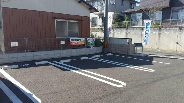 【外観】ルミナーレ駐車場