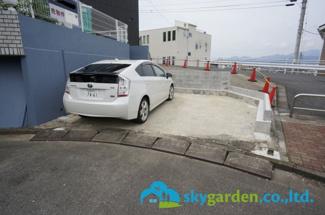 車種により2台駐車可