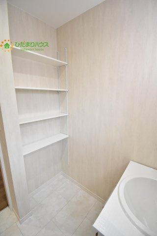 洗面収納!タオルや着替えなどを収納するのに便利です(^^♪