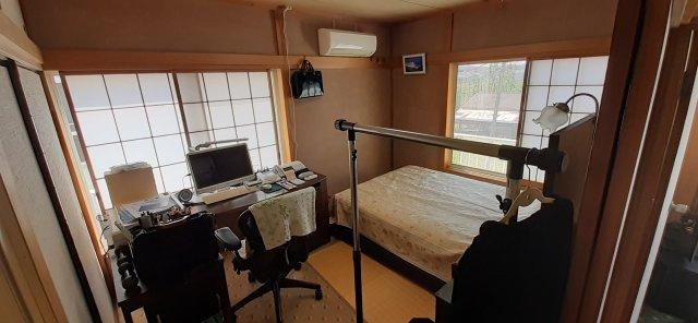 2階和室も2面採光です
