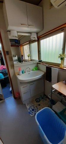 広い洗面スペースです