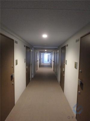 高級感のある内廊下です♪