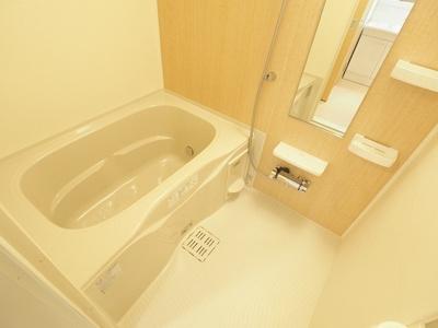 【浴室】ラ・フィオラ B