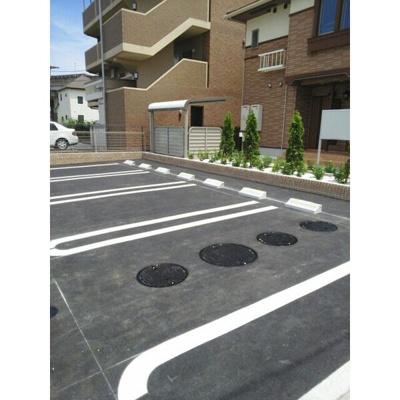 【駐車場】ガーデンハウス99